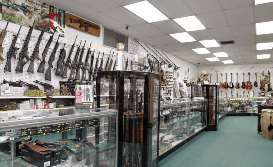 Looking for the Best Pawn Shop in Naples or Lehigh, Florida?