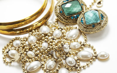Looking to Buy Antique or Vintage Designer Jewelry?